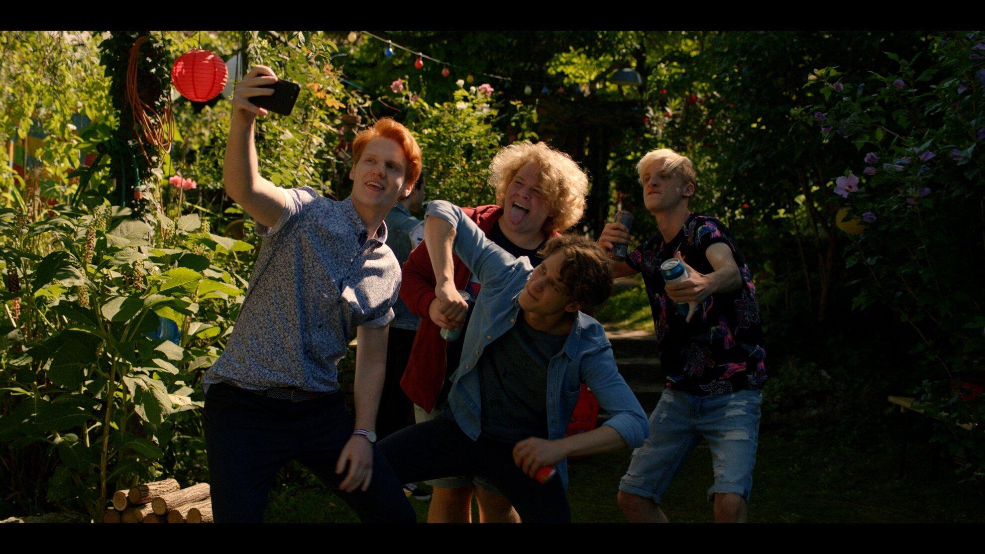 FOMO: a film, amit minden magyar tininek látnia kell